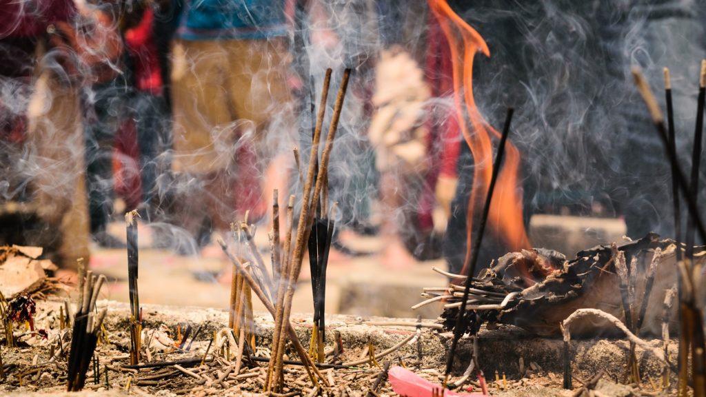 Räuchern ist ein wichtiges Ritual der Rauhnächte