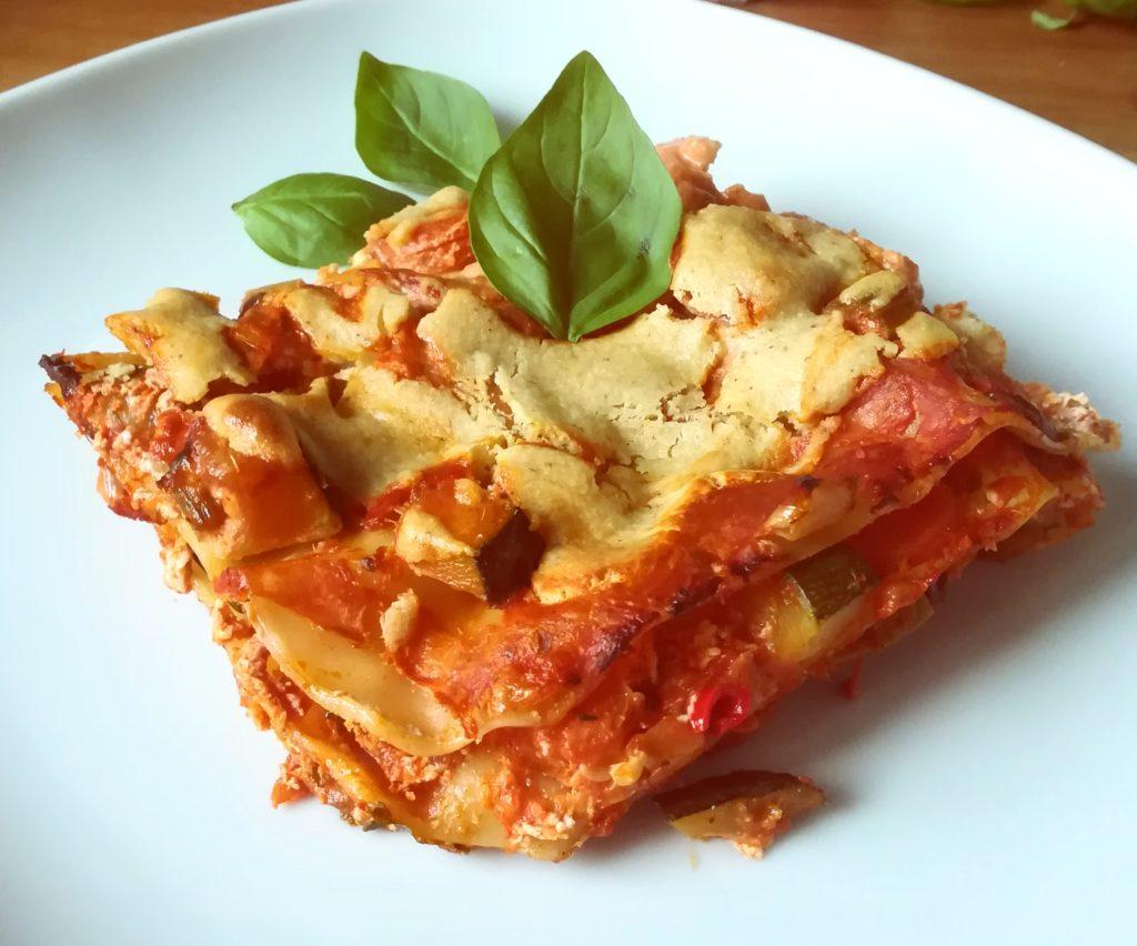 Vegane Lasagne mit viel Gemüse und selbstgemachter Pasta